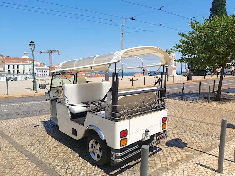 Passeio de Tuk Tuk em Lisboa